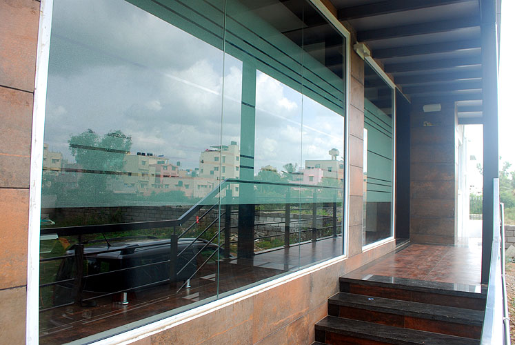 Kodihalli Serviced Apartment (Behind Leela Palace)3